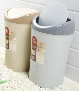 Flip Square Sanitary Bucket Plastic Waste Bin pictures & photos