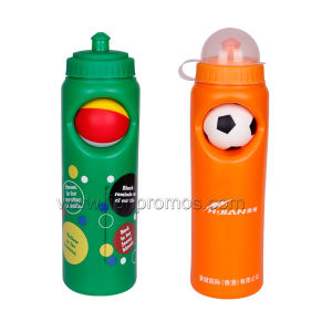 World Cup Football Game Souvenir OEM Plastic Ball Sports Bottle pictures & photos