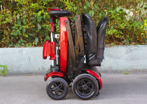 Electrical Foldable Mobility Scooter with Adjust Tiller (Indoor/Outdoor) pictures & photos