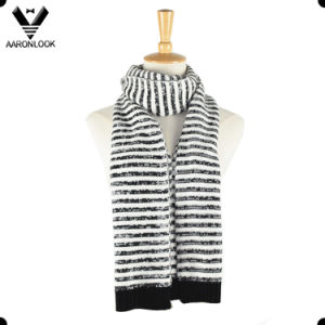 Fashion Clean Simple Stripe Black White Knitted Scarf pictures & photos