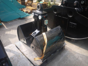 Small Volume Clamshell Bucket for Excavator pictures & photos