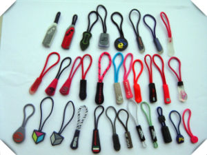 Customized Rubber /PVC Zip Puller for Garment, Bag