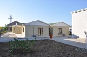 Hot Sale Well Design and Fast Construction Prefabricated House/ Building pictures & photos