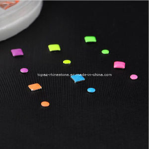 Heat Transfer Glue on Metallic Dome Stud Square 3*3mm Metal Nailheads for Nail Product (FB-3mm square) pictures & photos