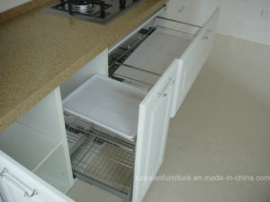 White Classic PVC Membrane Vinyl Wrapped MDF Kitchen Cabinet pictures & photos
