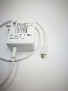 USB2.0 Type C Cable for Power Adapter. Rated Current 5A Max, Cable Color~Apple White TPE pictures & photos