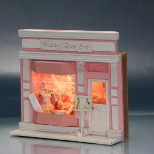 White Wooden Mini Doll House for Children Gift pictures & photos