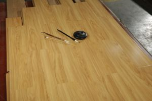 Mirror U-Groove Laminate Flooring pictures & photos