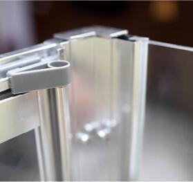 Bathroom MID-Range 6mm Bifold Door Shower Enclosure (MR-B7690) pictures & photos