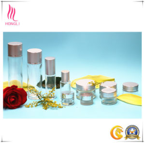 Glass Bottle Cosmetic Bottle Aluminum Cover pictures & photos