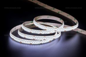 IP65 CE&RoHS Super Brightness SMD3528 Flexible LED Strip Light pictures & photos