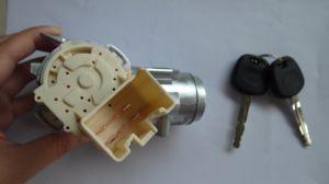 Ignition Switch Vigo /Innova Hilux/45020-0k022/84450-0k010/84450-06010 pictures & photos