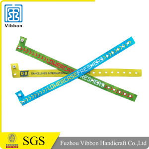 Recycled Plastic Clip Woven Thin Wristband Fashion Woven Wristband for Activity pictures & photos