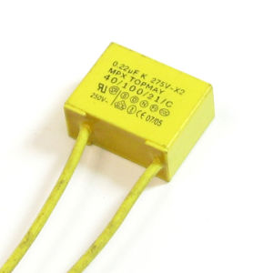 275VAC X2 Small Yellow Metallized Polypropylene Film Capacitor pictures & photos