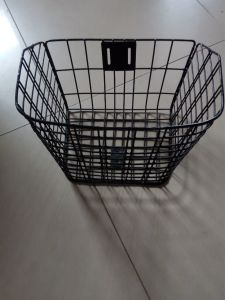 2014 Cheap Bicycle Basket for Kids _ Kids Bike Steel Basket pictures & photos