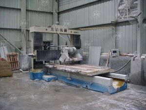 Automatic Granite&Marble Profiling Linear Gantry -Cutting Machine pictures & photos