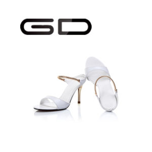Gd Summer Unique Styles Flower&White Light Woman Thin Heel Sandals pictures & photos
