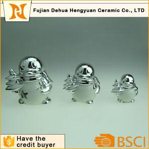 Plating Ceramic QQ Peguin for Christmas Decoration pictures & photos