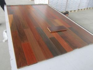 Solid Wooden Hardwood Flooring (hardwood flooring) pictures & photos