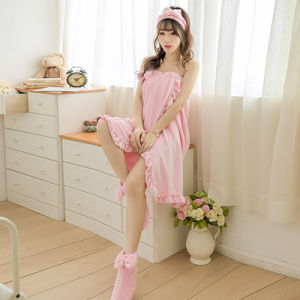Promotional Women Flannel Bathrobe / Pajama / Nightwear / Bath Skirt pictures & photos