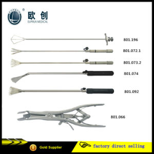 Five-Leaves Medical Surgical Retractor pictures & photos