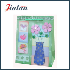 Ivory Paper 3D Flower & Hot Stamping Shopping Gift Paper Bag pictures & photos