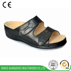 Grace Health Shoes Women Comfortable Diabetic Slipper (9813532) pictures & photos