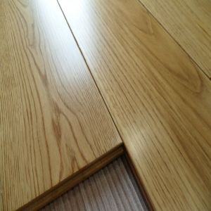 Embossed T&G System Oak Solid Wood Flooring pictures & photos