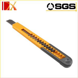 Plastic Handle 9mm Snap off Blade Utility Cutter Knife