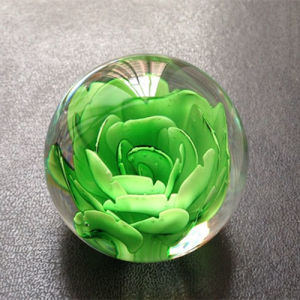 Fashion Crystal Glass Ball with 3D Laser Flower pictures & photos