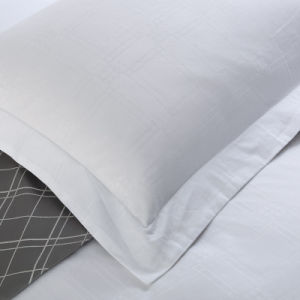 Nylon/Poly Embossed Fabric Pillow Cover for Hotel