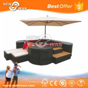 Waterproof PE Rattan Outdoor Sofa Set with Patio Umbrella (Furniture) pictures & photos