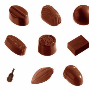 Multi-Functional Full Automatic Chocolate Moulding Line with Ce Certification pictures & photos