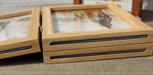 New Three Folding Oak Wood Picture Frames pictures & photos