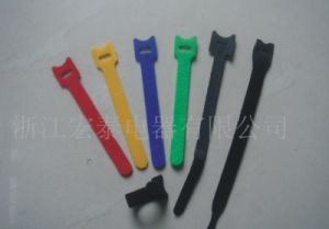 Customized Colorized T Shape Hook Loop Cable Tie pictures & photos