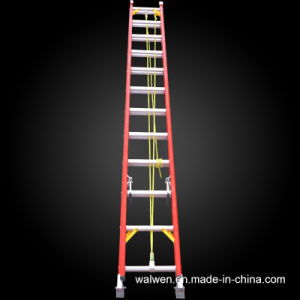 En131 High Quality Multifunctional Insulated Fiberglass Extension Ladder pictures & photos