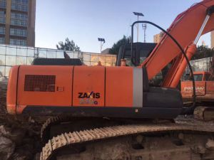 Japanese Used Excavator Hitachi 200-3G for Sale pictures & photos