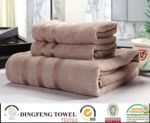 100% Organic Cotton Bath Towel with Satin Border Df-5819 pictures & photos
