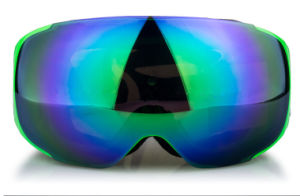 Polarized Clear Lens Winter Sporting Goggles with Adjustable Strap pictures & photos