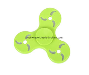 Hand Spinner Tri Fidget Finger Fingertip Gyro Steel Ball Desk Toy EDC Kids Adult pictures & photos