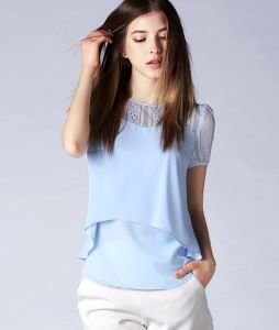 Factory Wholesale Fashion Lace Short Sleeve Women′s Blouse pictures & photos