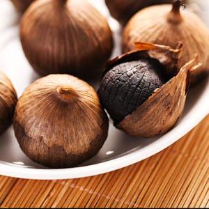 Good Taste Fermented Black Garlic 6 Cm Bulbs (150g/can) pictures & photos
