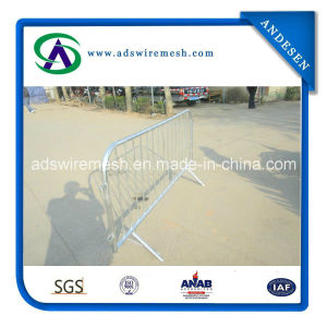 Heavy Duty Pedestrian Barriers pictures & photos