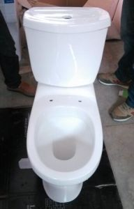 Very Competitive Price Wash Down Two Pieces Twyford Wc Toilet for Africa and MID East pictures & photos