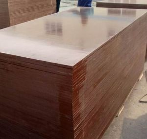 Shandong Linyi Film Faced Plywood with Hardwood Core pictures & photos