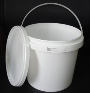 5L Plastic Bucket pictures & photos