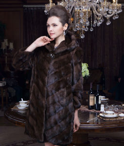 2015 Europe Style Winter Women Real Mink Fur Coat pictures & photos