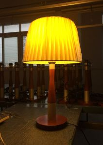 Table/Desk Lamp with Fabric Shade for Bedside Decorative Phine Design E27/E26 Lampholder Pn#Pd0025-01 pictures & photos