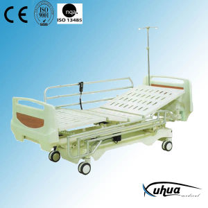 Three Functions Electric Hospital Bed (XH-3) pictures & photos