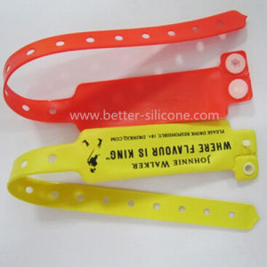 OEM New Design PVC Reflective Bracelet pictures & photos